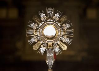 La présence du Christ dans l'Eucharistie est-elle réelle ?