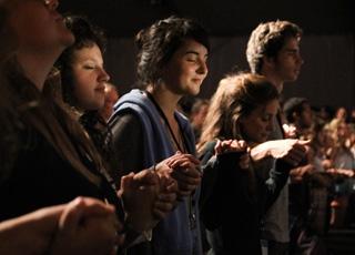 Prier, en quoi ça consiste pour un chrétien ?