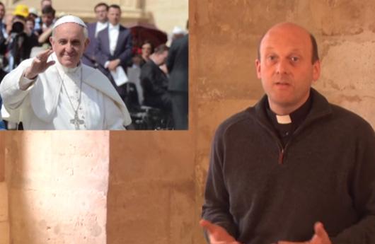 Pourquoi le pape se mêle de tout ?