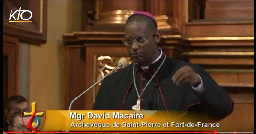 Monseigneur MACAIRE aux JMJ : La liberté dans la Miséricorde